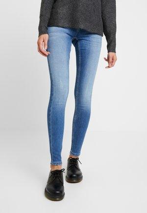 ONLCORAL - Jeansy Skinny Fit - light blue denim