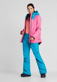 Wearcolour - CAKE JACKET - Snowboardjakke - post it pink - 1