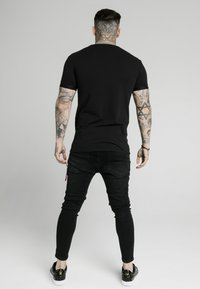 SIKSILK - INSET CUFF GYM TEE - Basic T-shirt - black - 2