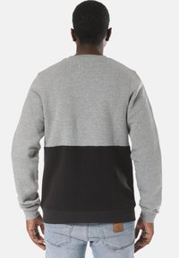Young and Reckless - Sweater - black - 1