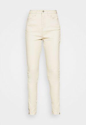 ZIP HEM SINNER - Jeans Skinny Fit - ecru