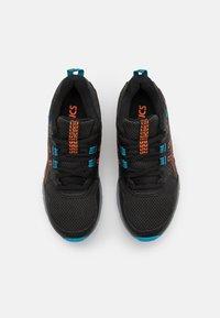 ASICS - GEL-VENTURE 8 UNISEX - Trail running shoes - black/marigold orange - 3
