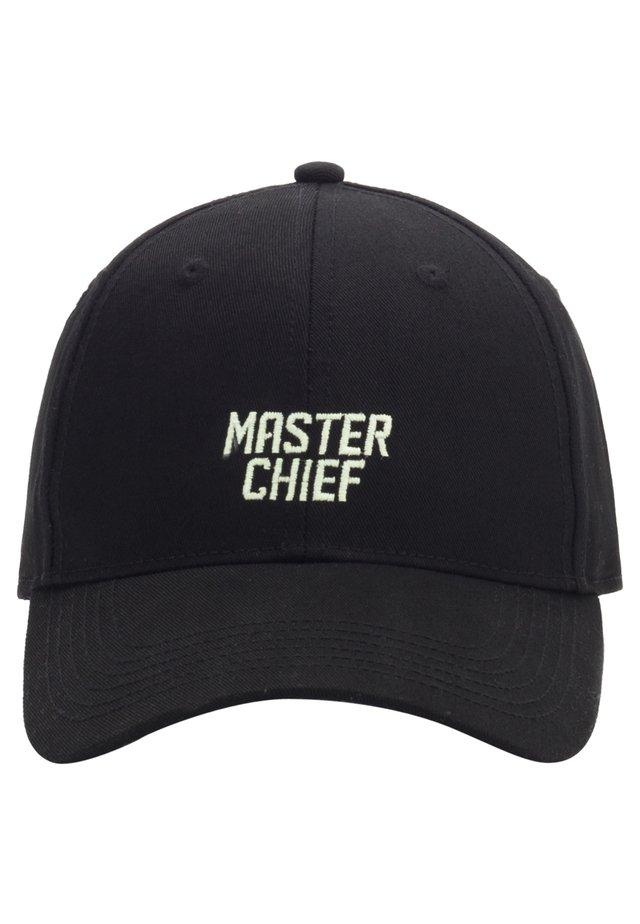 MISTER TEE CAP MASTER CHIEF CURVED CAP - Pet - black/mc