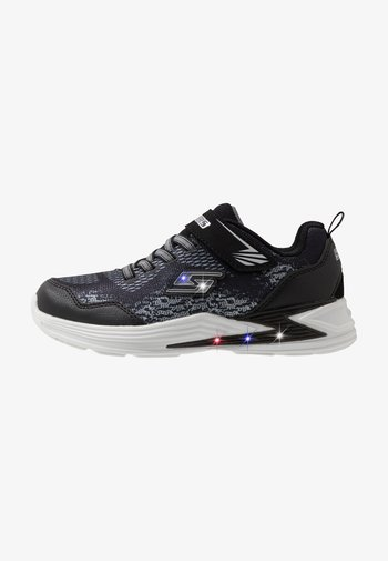 ERUPTERS III - Trainers - black/silver