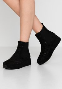 Pons Quintana - CARTIER - Wedge Ankle Boots - black - 0