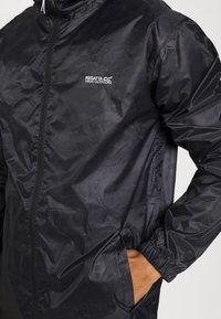 Regatta - PRINTD PACK IT - Chaqueta outdoor - black camo - 3