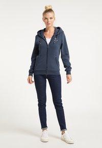 DreiMaster - Zip-up hoodie - marine - 1
