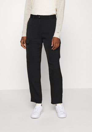 SOFT PANT - Cargo trousers - black