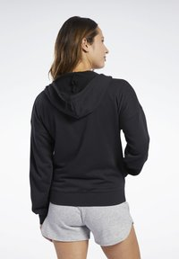 Reebok - TRAINING ESSENTIALS FULL-ZIP HOODIE - Bluza rozpinana - black - 2