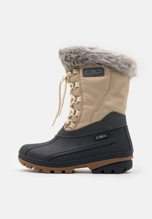 POLHANNE UNISEX - Winter boots - sand