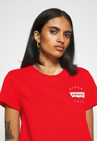 Levi's® - THE PERFECT TEE - T-shirts - poppy red - 3