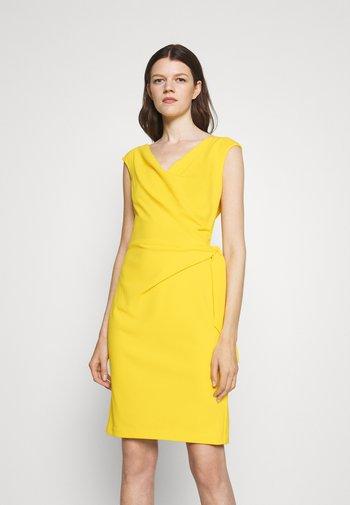 CLEONIE CAP SLEEVE COCKTAIL DRESS - Shift dress - lemon rind