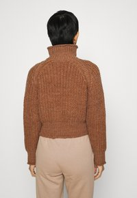 Third Form - OWN BEAT CHUNKY TURTLENECK - Jumper - nutmeg - 2