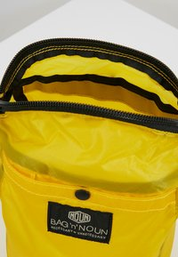 Bag N Noun - CAMP POCHETTE HALF - Across body bag - yellow - 4