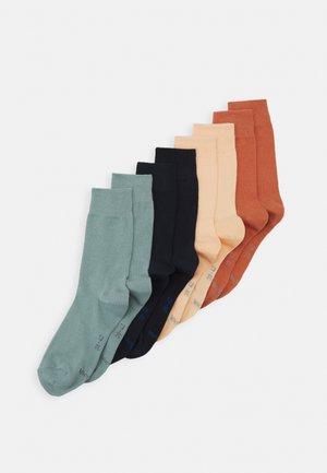 ESSENTIAL SOCKS  8 PACK UNISEX - Socks - almost apricot