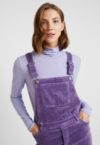 Monki - NOREA DUNGAREE - Dungarees - lilac - 5