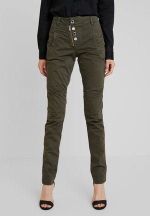 VALERINE DILLON CARGO PANT - Trousers - forest night