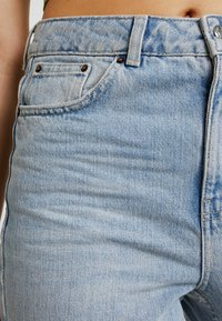 Topshop - Jeans Relaxed Fit - bleached denim - 3