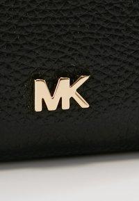 MICHAEL Michael Kors - MONEY PIECES CARD CASE - Wallet - black - 2