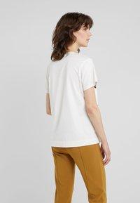 By Malene Birger - MARIANNE - T-Shirt print - soft white - 2