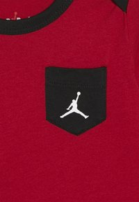 Jordan - JUMPMAN CLASSIC BODYSUIT 3 PACK - Tracksuit - black/white/red - 5