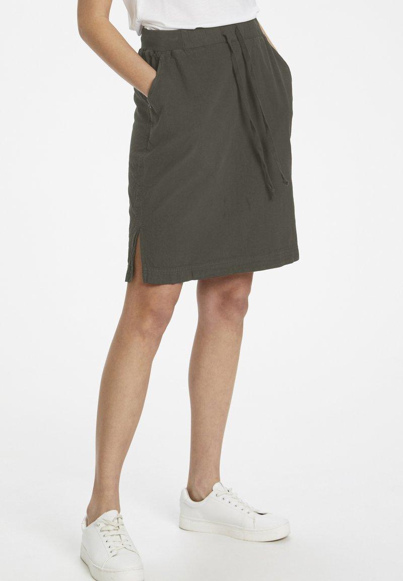 Kaffe - NAYA  - Pencil skirt - grape leaf