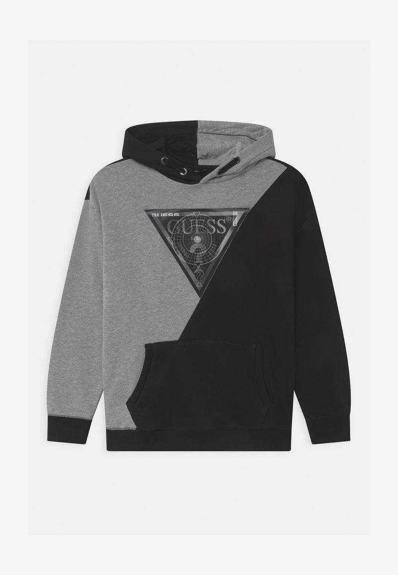 Guess - JUNIOR HOODED ACTIVE HOLOGRAPHIC - Sweatshirt - black/grey