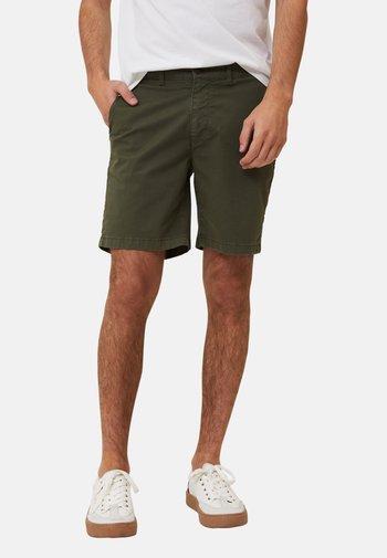 GAVIN - Shorts - green
