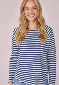 Lieblingsstück - CATHRINAEP - Long sleeved top - bleu - 0