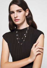 Tory Burch - KIRA NECKLACE - Necklace - gold-coloured/ivory - 1
