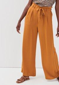 Cache Cache - Pantalon classique - camel - 3