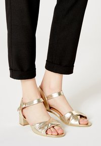 RISA - Sandals - gold - 0