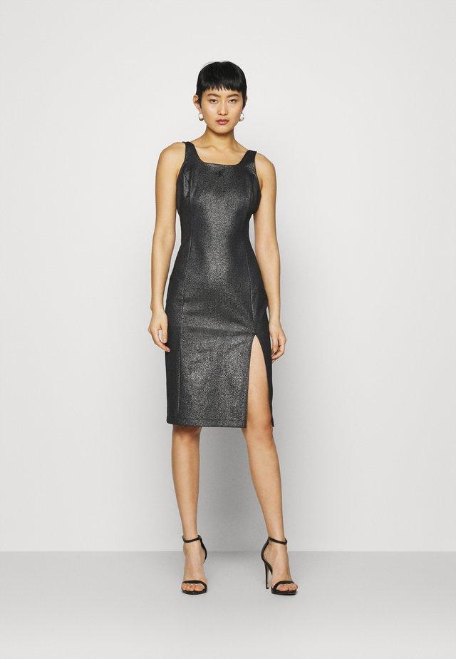 SQUARE NECK  MILANO DRESS - Sukienka z dżerseju - black