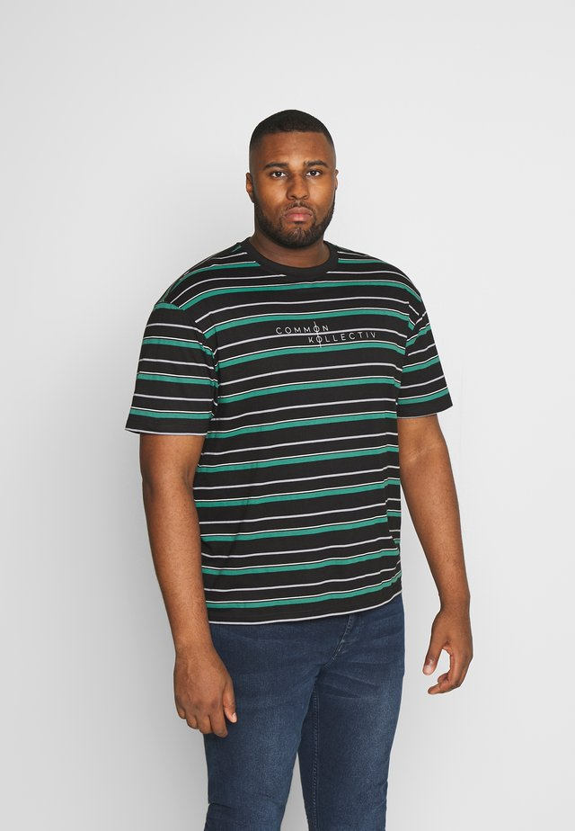PLUS STRIPED LOGO SHORT SLEEVE TEE - T-shirt med print - black
