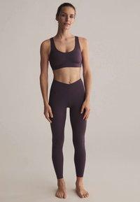 OYSHO - Leggings - dark purple - 1