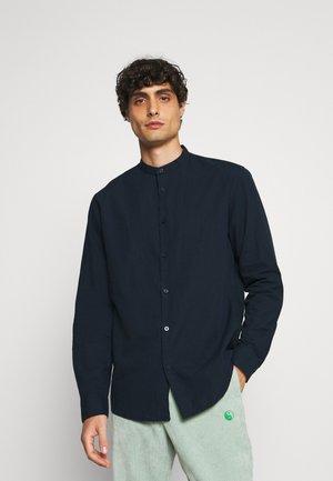 SLHREGNEW CHINA  - Overhemd - navy blazer