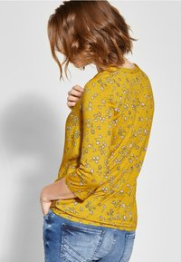 Cecil - MIT BLUMENPRINT  - Blouse - yellow - 2