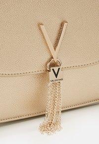Valentino Bags - DIVINA  - Handbag - oro - 4