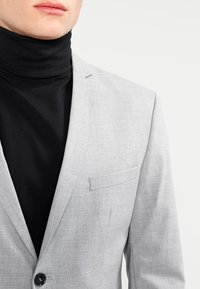 Selected Homme - SHDNEWONE MYLOLOGAN SLIM FIT - Garnitur - light grey melange - 5