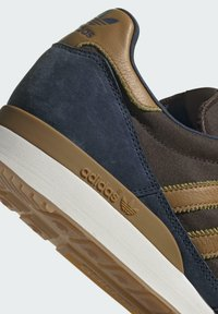 adidas Originals - ZX 500 UNISEX - Tenisky - crew navy mesa brown - 9