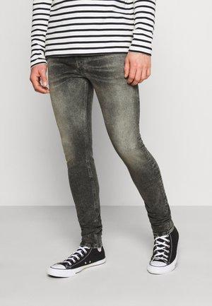 SLEENKER - Slim fit jeans - 009is 02