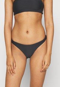 Seafolly - ESSENTIALS HIGH CUT PANT - Bikini bottoms - black - 2