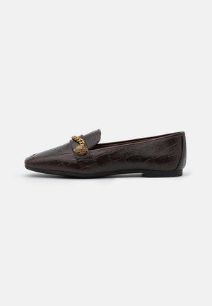 CAMILLA - Scarpe senza lacci - brown