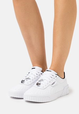 CALI GALENTINES  - Matalavartiset tennarit - white/black