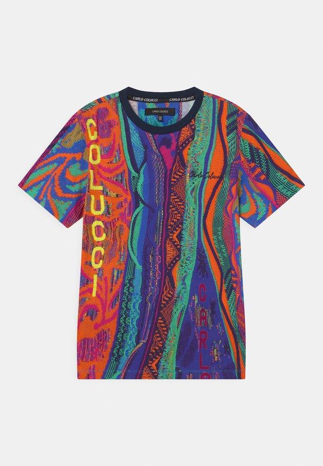 UNISEX - Print T-shirt - multicolor