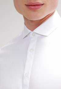 Tiger of Sweden - STEEL SLIM FIT - Formal shirt - pure white - 4