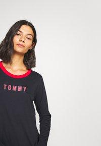 Tommy Hilfiger - TOMMY SLEEP DRESS  - Nightie - desert sky - 3