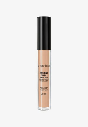 STUDIO SKIN FLAWLESS 24 HOUR CONCEALER 8ML - Concealer - e5b993- light neutral