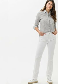 BRAX - STYLE MARY - Pantalon classique - white - 1