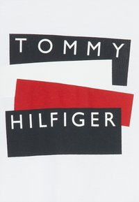 Tommy Hilfiger - STICKER - Long sleeved top - white - 3